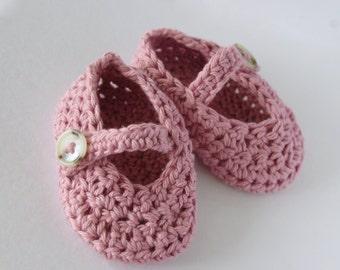 Crocheted Baby Mary Janes  -  Baby Booties - Cotton Yarn - Handmade Mary Janes