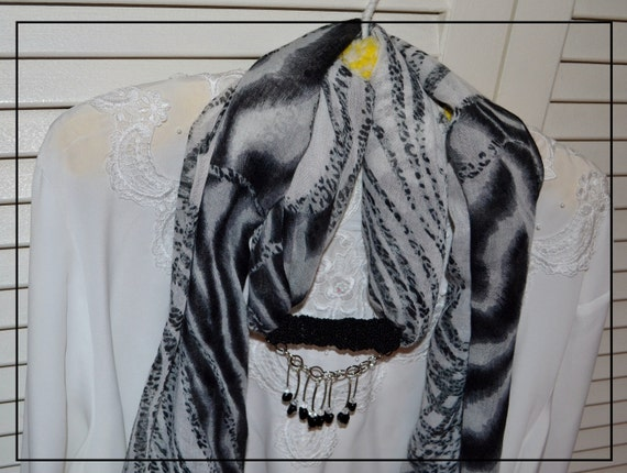 Scarf with Beads- -Black and White