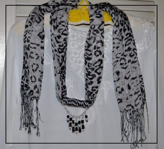 Scarf with Beads -- Black and White