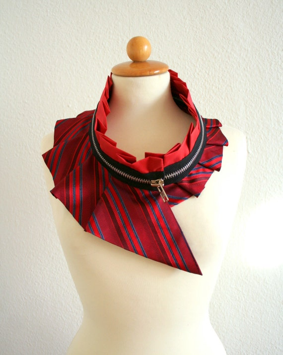 Collar with zipper - eco-friendly - upcycled quality silk - unique piece - red and black - one size fits all - by Bartinki - READY to SHIP