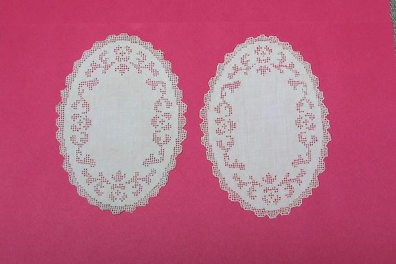 Pair of Linen Doilies