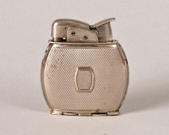 Working 1940s Evans Chromium Hobnail Pocket Lighter