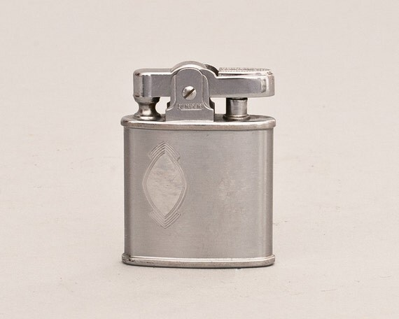 Working 1950s Ronson Princess Pocket Lighter With Brushed Chromium Finish
