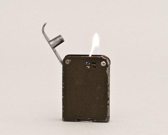 Restored World War 2 Windproof Pocket Lighter With Crackle Finish