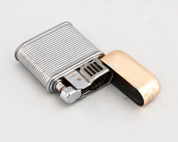 Working 1950s Evans Breeze King Pocket Lighter
