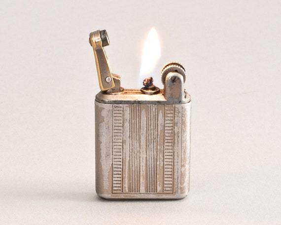 RESERVED for PHILIPPE - 1930s French Flamidor National II Pocket Lighter