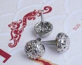 100Pcs 12mm Silver Pierced Flower Round Dome Purse Feet (SRC-PF12)
