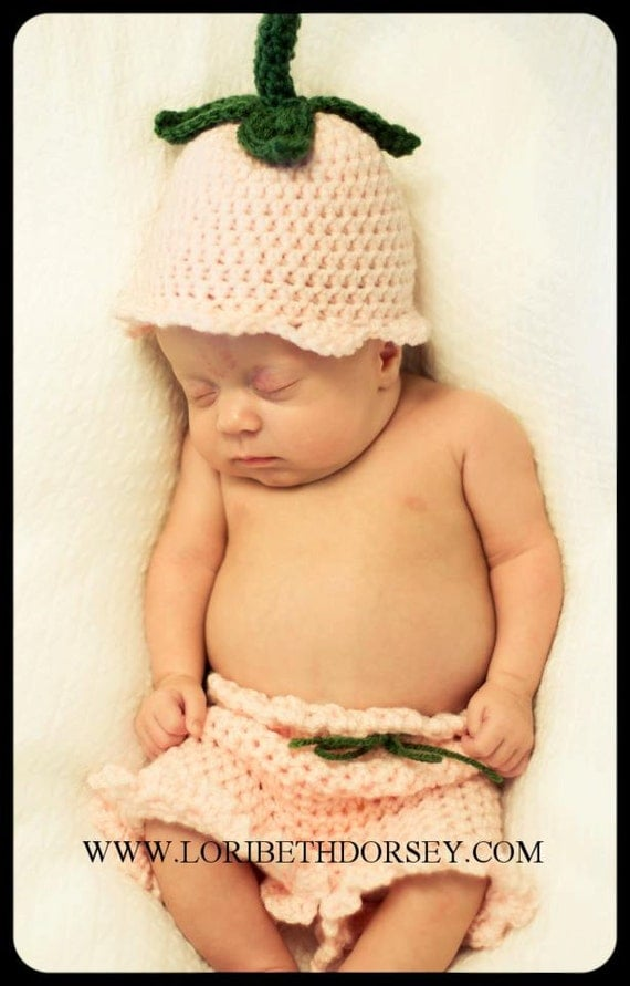 Tulip beanie and bloomers photo prop set (pattern)