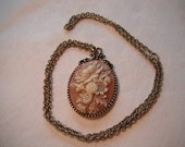 Vintage Sarah Coventry Necklace with Pendant  in cameo style