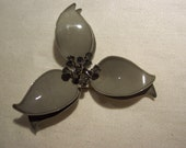 enamel  large silver grey trillium flower Brooch or Pin wonderful whimsicle vintage