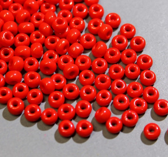 18 Grams / 180 beads - 6/0 RED 4mm MURANO Seed Beads - Italian Glass Round Seed Spacer Beads - Wholesale Beads - Instant Ship - 5363