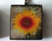 Lovely Sunflower Pendant.