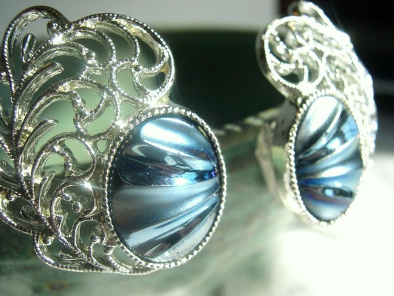 Vintage Sarah Coventry Clip Earrings- Shiny Silver Feathers with Dark Gray Iridescent Ovals 1970's