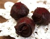 Beetroot & Vanilla Dark Chocolate Truffles - medium box