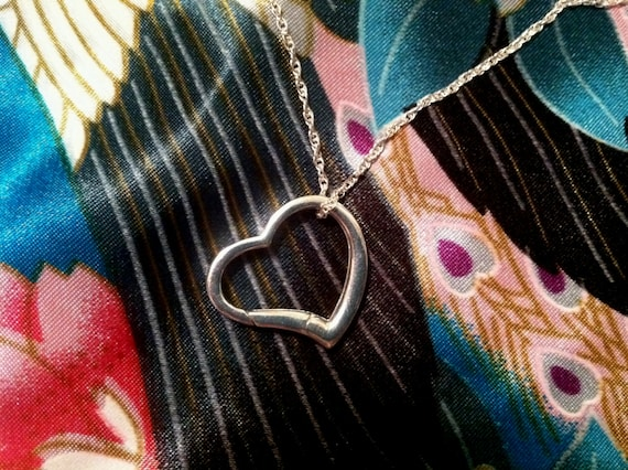 Wedding Ring Holder Pendant   Sterling Silver Heart Light Weight