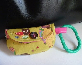 Pacifier Pouch or Walk the Dog Bag-Pretty green owls keychain clutch