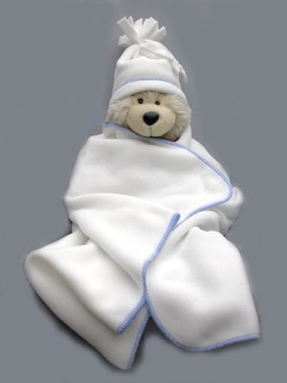 BLOW-OUT Sale! White & Blue Gift Set - Polartec 200 fleece blanket and Newborn Hat - Limited Stock!