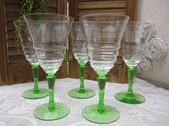 Vintage (set of 5) Candle Stick Green Stem Wine Glasses with Tulip Ribbed Bowl