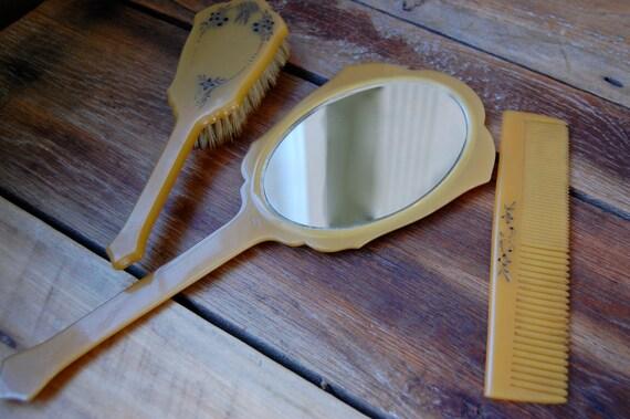 Beautiful Vintage Golden Yellow Bakelite Vanity Set with Handle Brush, Comb & Beveled Mirror