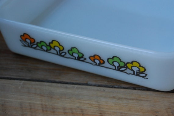Vintage Fire King by Anchor Hocking Spring Field Pattern 8 x 8 Baking Dish