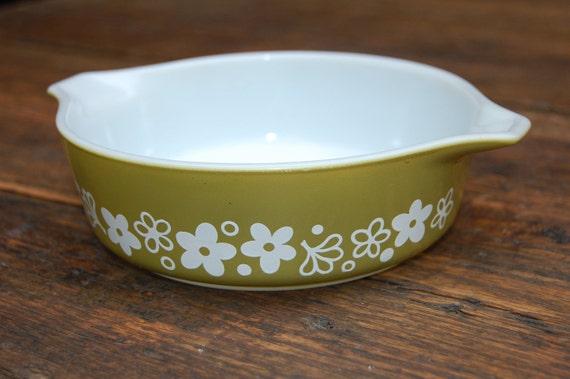 Vintage Small GreenCrazy Daisy Lip Lug Bowl Dish
