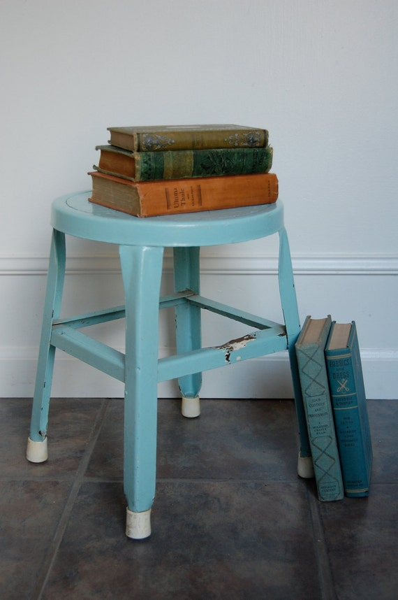 Vintage Powder Blue Metal Stepping Stool with Rubber Feet and Yummy Patina