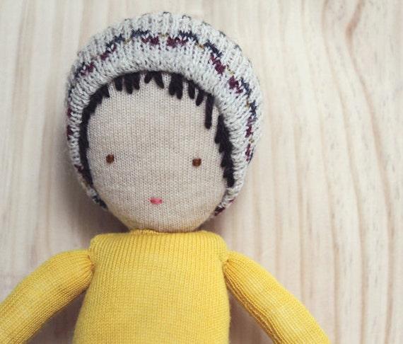 eco friendly wool boy doll - poupée de laine récupéré