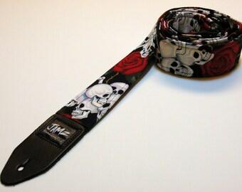 Classic handmade Guitar Strap - BONES N' ROSES - Rocker - Vintage - Red Roses - Skulls