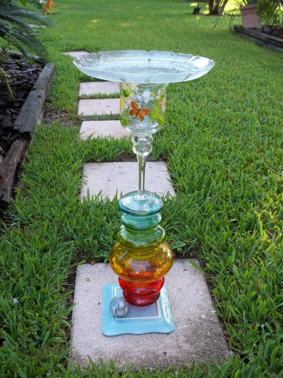 Recycled Glass Totem Bird Feeder