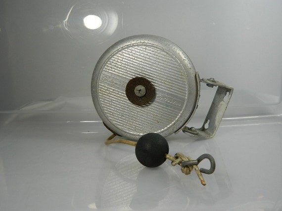Vintage Cordomatic Clothesline Retractable Aluminum