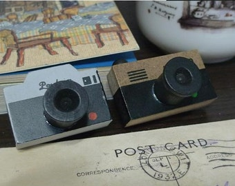 Wooden Rubber Stamp - Camera Modeling Creative Stamp - 2 Patterns by Random - 1 Pcs