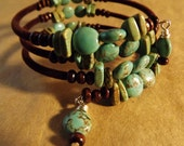 Magnesite and Wood Memory Wire Bracelet