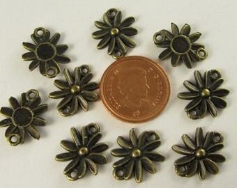 50 pcs  - 16x13mm  -  Antiqued Bronze Flower Connectors (J629B)