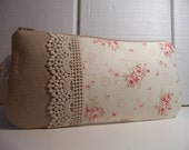 Large Clutch in romantic shabby chic with pretty lace.