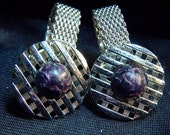 Mesh Cufflinks With Purple Centers