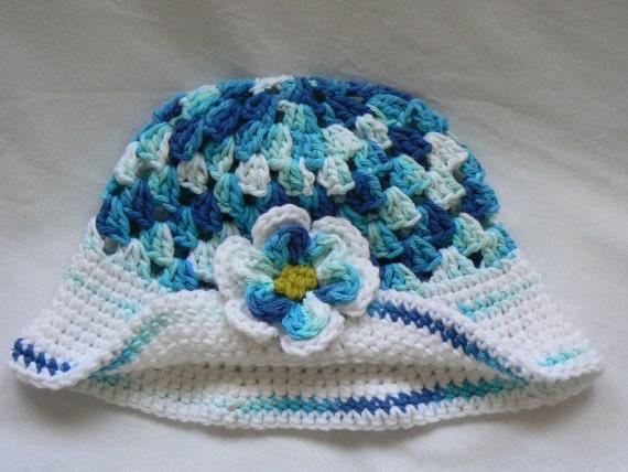 Crochet Cloche Hat in Blues and White with Pretty Flower Clip Flower Hat Little Girls Hat Crochet Beanie Girls Photo Prop Gift for Girls