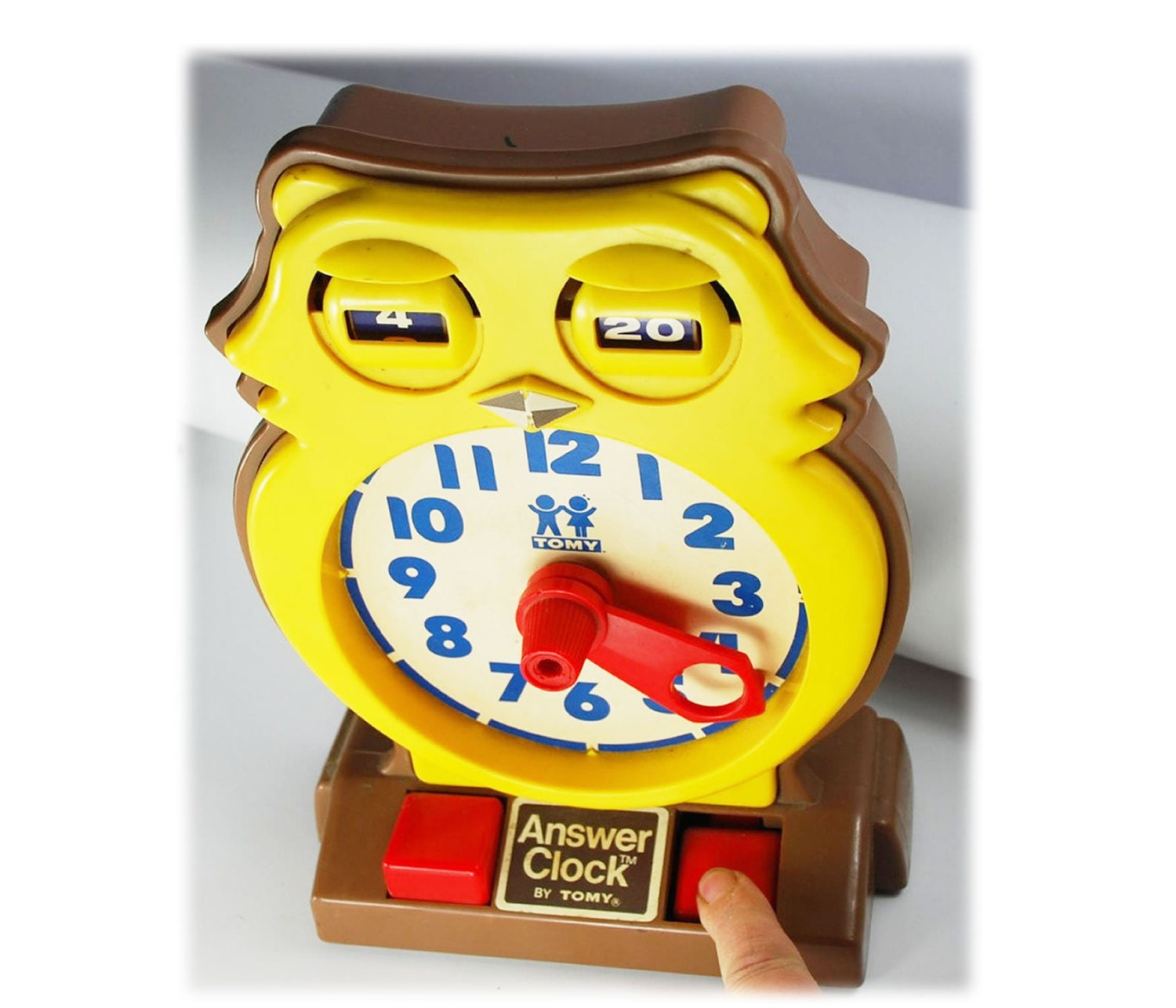 Old Toys From The 70s : Vintage s toy tomy teaching owl answer clock free