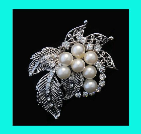 Bridal Brooch or Wedding Hair Comb Rhinestone and Pearl Floral