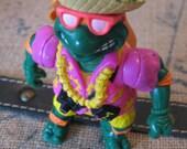 SALETeenage Mutant Ninja Turtles Michaelangelo Water Squirtin Turtle 1992