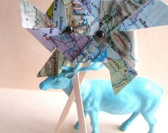 Pinwheels, cupcake topper, pinwheel cupcake, map pinwheels, vintage wedding, 25, small pinwheels, map place card, shabby chic, travel theme