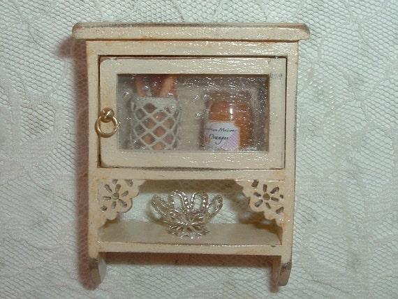 Dollshouse shabby chic wall cabinet