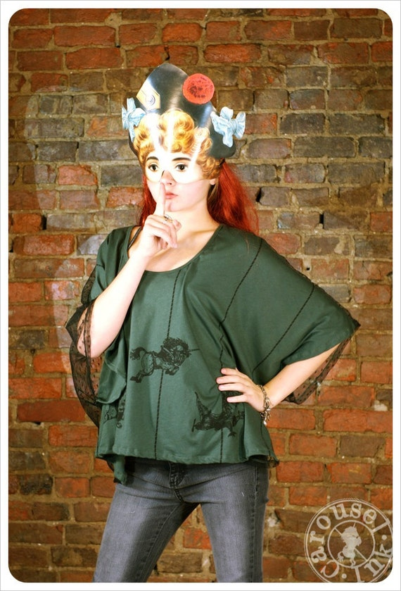 one size t shirt  - Drape top - dark Green  - Screenprint Clothing - Carousel