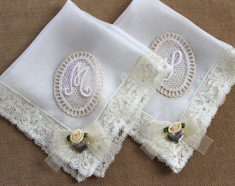 Personalized handkerchief set, Mother of the bride gift, Mom wedding gift, Ivory lace handkerchief, Monogram Hankerchief Mother of the groom
