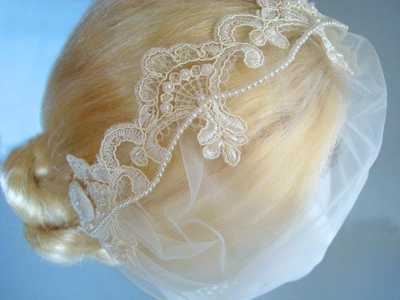 Ivory Vintage-Style Lace Bridal Headband w/ Detachable Birdcage Veil, Tulle Bandeau, Beaded Wedding Tiara, Pearl Headband, Great Gatsby