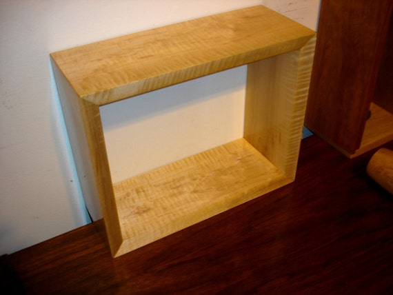 Tiger Maple Wall Shelf For Small Book, Merchandising, Shop Displays, Collectibles, Knick Knacks