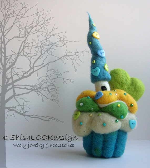 Hand Felted Pincushion, Cupcake Pincushion, Fairy House On The Cupcake Hill