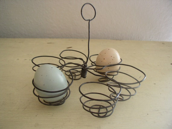 Vintage Wire Egg Holder