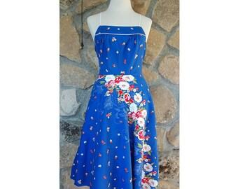 Vintage 70s or 80s doing 50s Flower sun dress