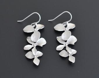 10% OFF, Orchid earrings, Silver earrings, Wedding jewelry, Bridal earrings,Flower earrings,Bridesmaid gift,Anniversary gift,Christmas gift