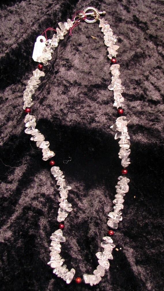 Quartz and pearl necklace